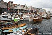 Dei større båtane lå langs Strandkaien