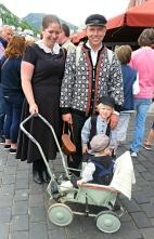 Heidi og Asbjørn vart observert på Torget i sine flotte klede