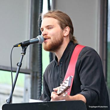 Endre Nordvik har nettopp slept singel. Han spilte på Torgdagen