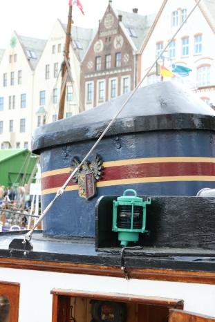 Agentbåten til Hansa, tidligare Hansa II, fremdeles med Hansa bryggeri sin logo i skorsteinen