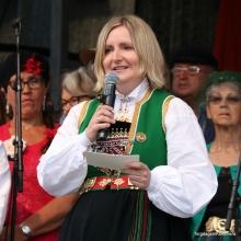 Ordfører i Sund, Kari Anne Landro sto for den offisielle opninga av Torgdagen