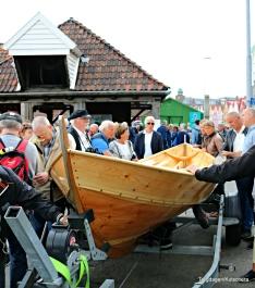 Oselvarverkstaden tek vare på båtbyggartradisjonar og viste fram ein båt og fortalte om bygging og teknikkar