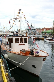Quest nydelig restaurert. Det er ikke få timer med arbeid og langvarg kjærlig oppmerksomhet som ligger bak en så vakker båt