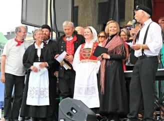 Styret vert presentert i starten av Torgdagen