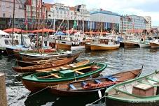 Flott syn med så mange båter inst i Vågen